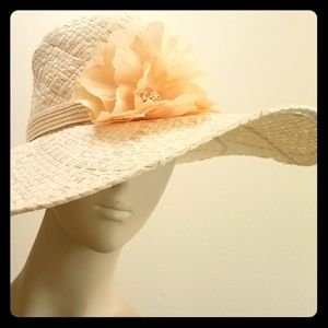 Ivory woven beach hat